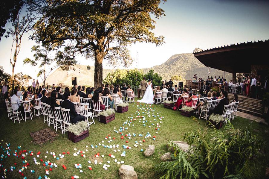 Wedding-Rio-de-Janeiro-Pompom-Aisle-Corcovado-12