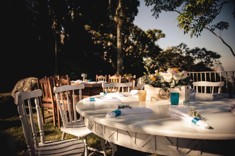 Wedding-Rio-de-Janeiro-Pompom-Aisle-Corcovado-18