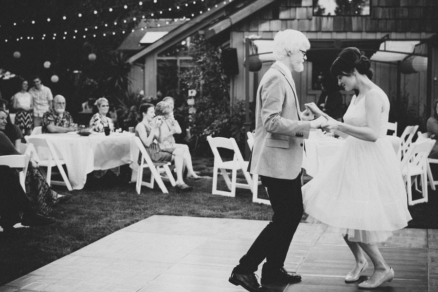 Backyard-Wedding-Animals-Giant-Letters-31