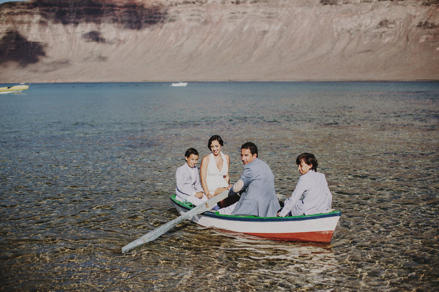 wedding-on-isolated-beach-pablo-beglez-17