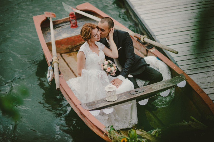 romanian-pond-boat19