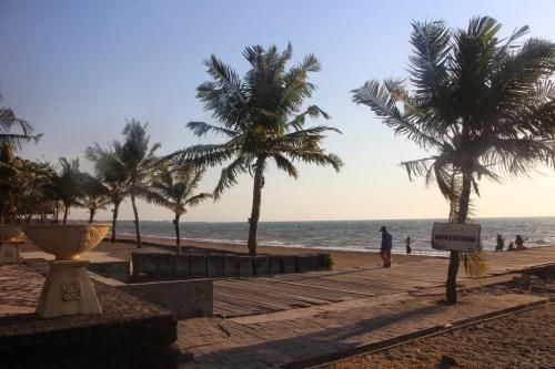 Primitives, calculs, inverse, ln, trinôme, intégrale, terminale, Pantai Akarena, Makassar