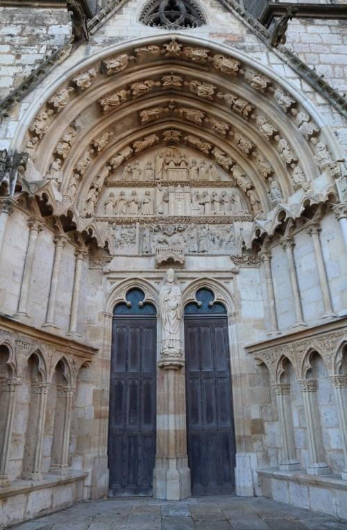 The Saint-Ursinus Portal © GO69 - licence [CC BY-SA 4.0] from Wikimedia Commons