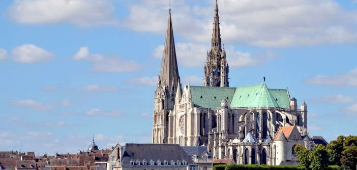 Chartres Cathedral © Marianne Casamance - licence [CC BY-SA 3.0] from Wikimedia Commons