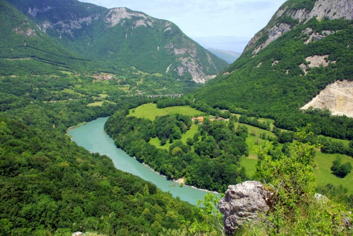 The main rivers in France: the Rhône at the Defilé de l'Ecluse © French Moments