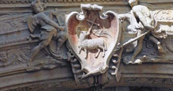 Detail of the Gros Horloge copyright French Moments