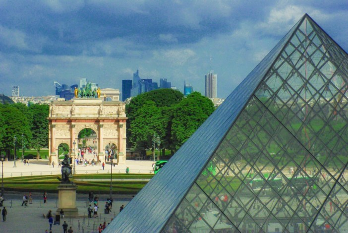 The view from the Sully Pavilion of the Louvre © French Moments