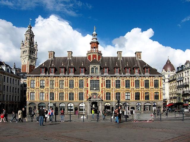 Vieille Bourse, Lille © Velvet, licence [CC SA 3