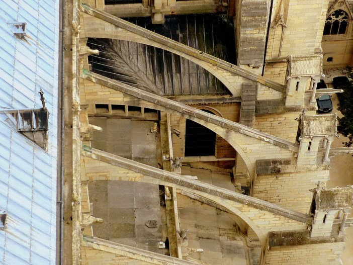 The buttresses of Notre-Dame © French Moments
