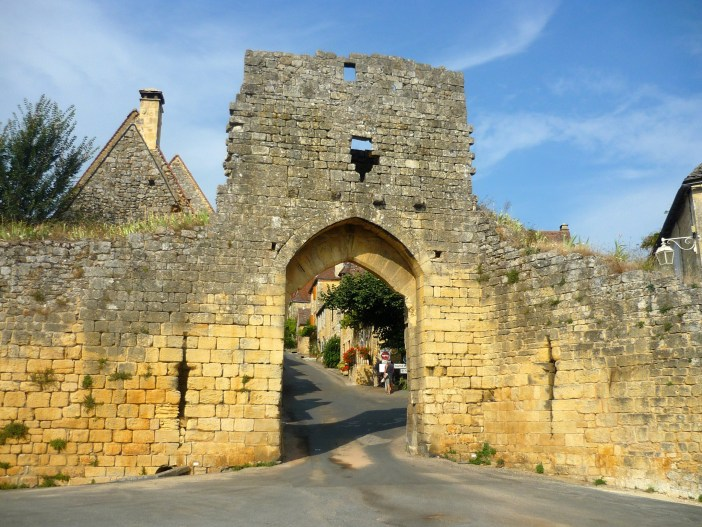 The fortifications of Domme © French Moments