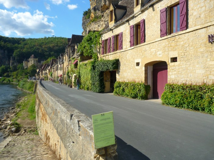 The village of La Roque-Gageac in Périgord Noir © French Moments