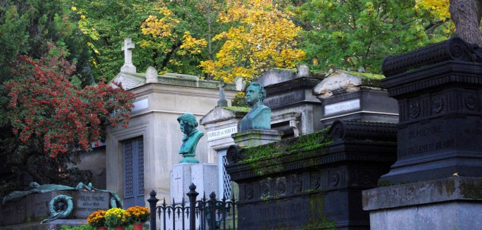 Père Lachaise Cemetery in Autumn © French Moments
