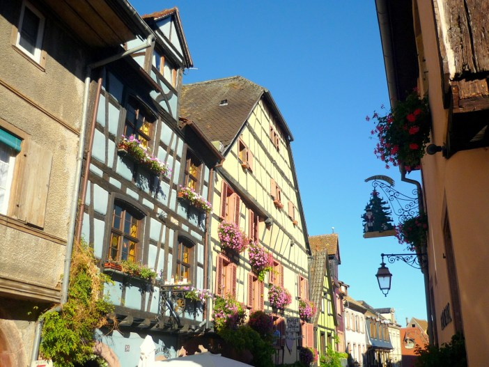 Main street of Riquewihr © French Moments
