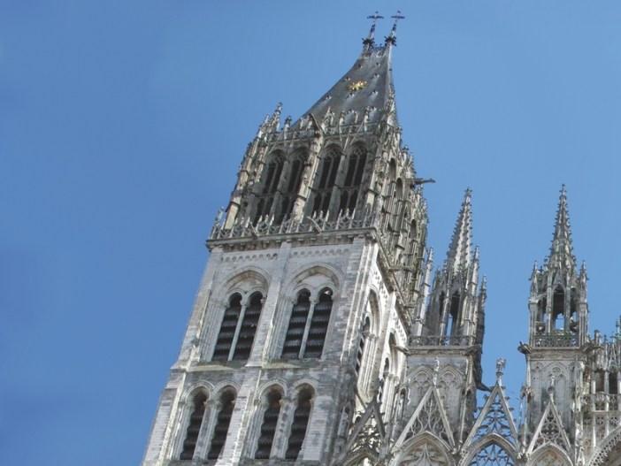 Tour Saint-Romain © French Moments