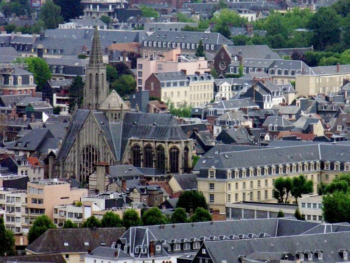 Saint Niçaise Church © French Moments