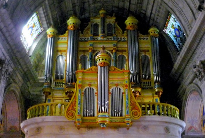 The great organ of Saint-Martin Church, Saint-Rémy-de-Provence © French Moments