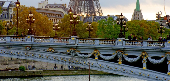 Sunset Pont Alexandre III and Eiffel Tower 07 © French Moments