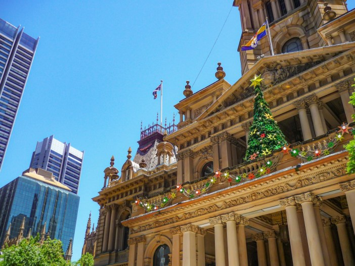 Sydney Town-Hall (main façade) © French Moments