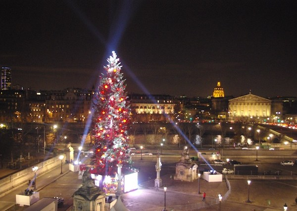 Christmas in Paris: 2012 at the place de la Concorde © French Moments