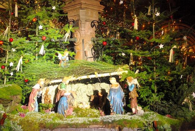 Nativity Scene in Kaysersberg © French Moments
