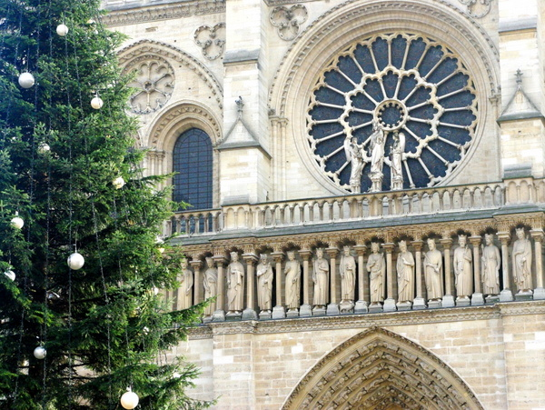 Christmas in Paris: What to see and where to go - French Moments