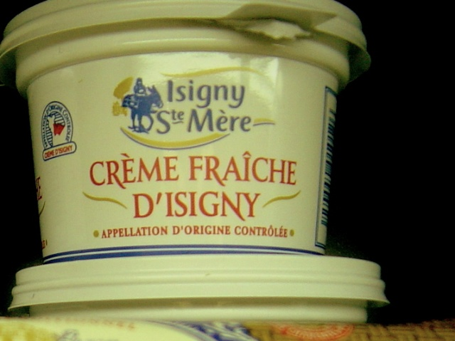 Crème Fraîche d'Isigny sold in Australia © French Moments
