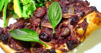 Pissaladiere © French Moments