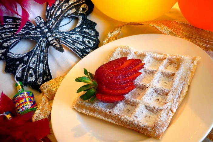 Waffles for carnival © French Moments
