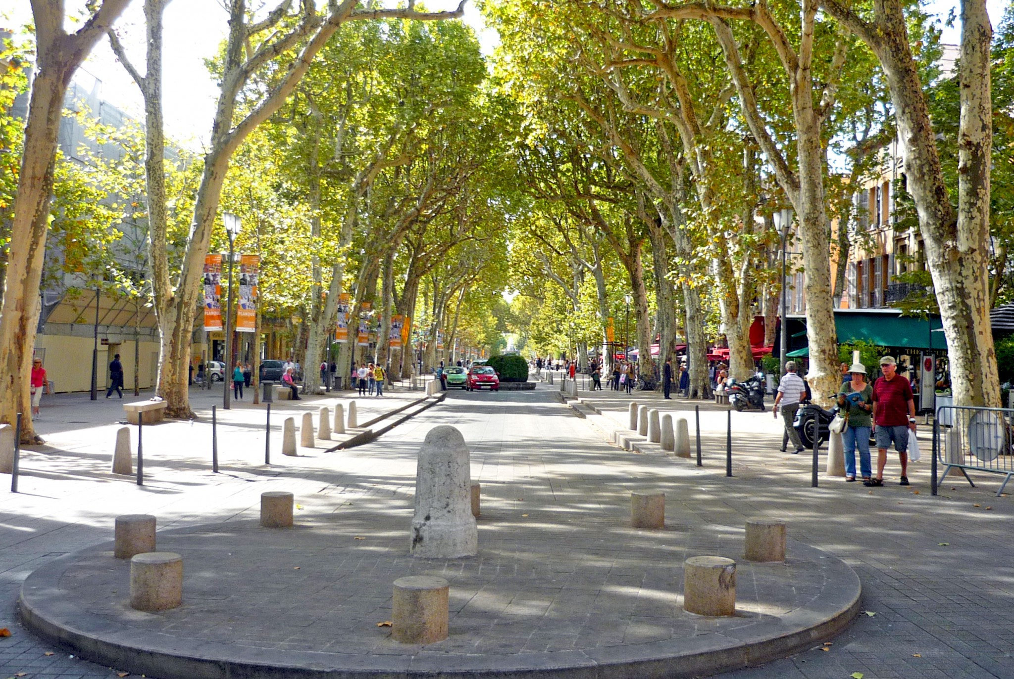 cours mirabeau aix en provence french moments