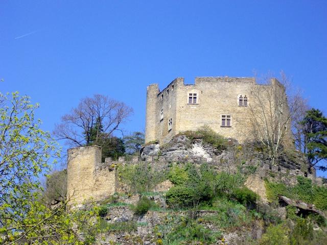 Château Delphinal Crémieu © Charlotte de Savoie, licence [CC BY-SA 3.0], from Wikimedia Commons