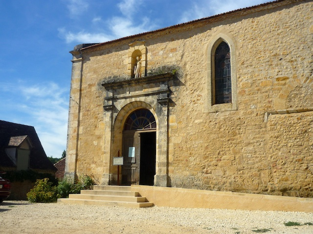 St. Catherine Church, Limeuil, Périgord © French Moments