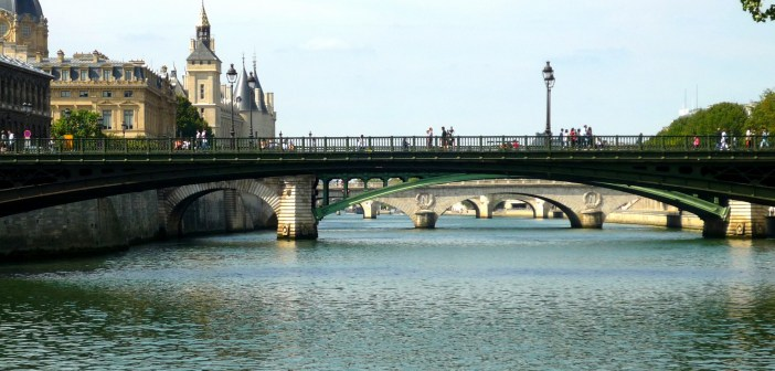 Quais de la Seine © French Moments - Paris 60