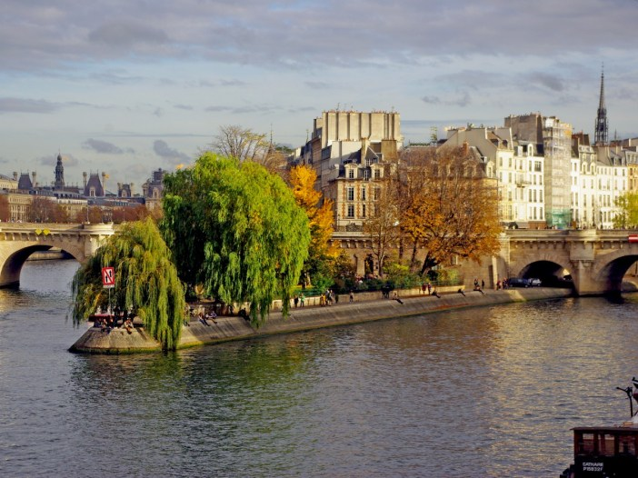 Paris in Autumn © French Moments