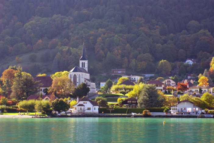 Sévrier, Lake Annecy in Autumn © French Moments