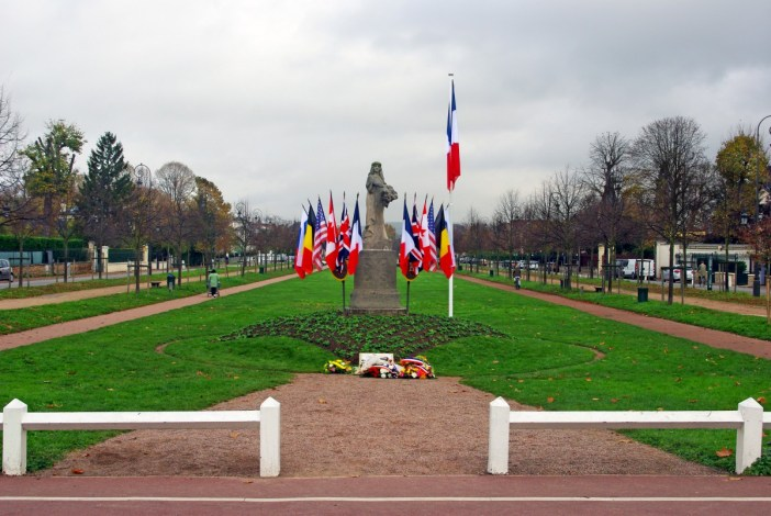 11 November ceremony in Maisons-Laffitte © French Moments
