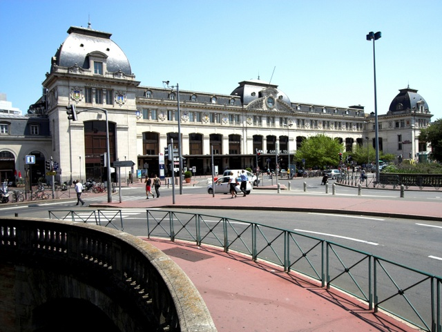 Toulouse Matabiau Railway Station © ignis - licence [CC BY-SA 3.0] from Wikimedia Commons