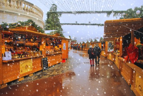 discover the annecy christmas market french moments. Black Bedroom Furniture Sets. Home Design Ideas