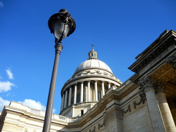 Lamp posts of Paris: Panthéon © French Moments