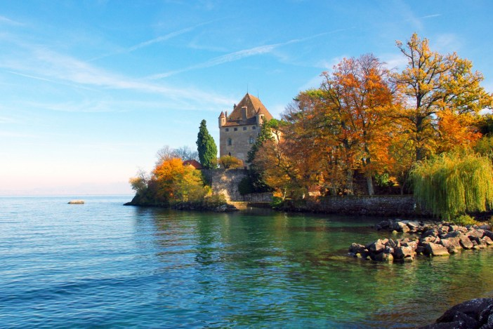 Yvoire on the shores of Lake Geneva © French Moments