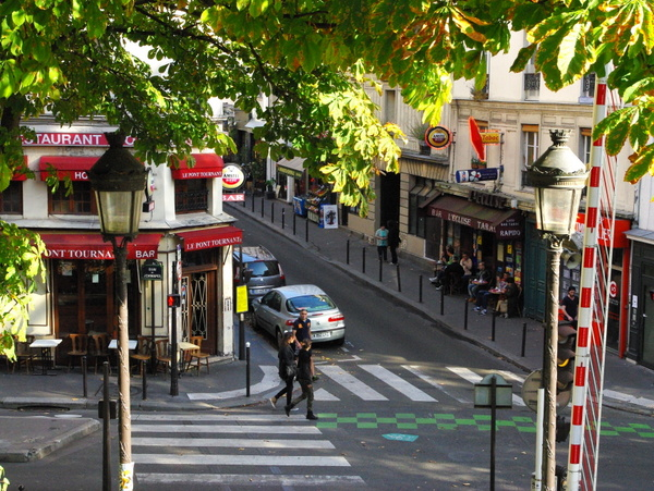 10th arrondissement Paris © French Moments