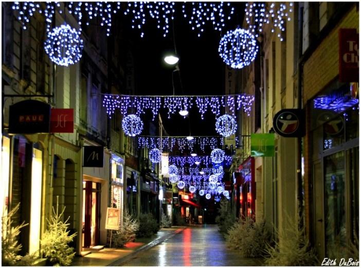 Street lights in Arras © Edith DuBois