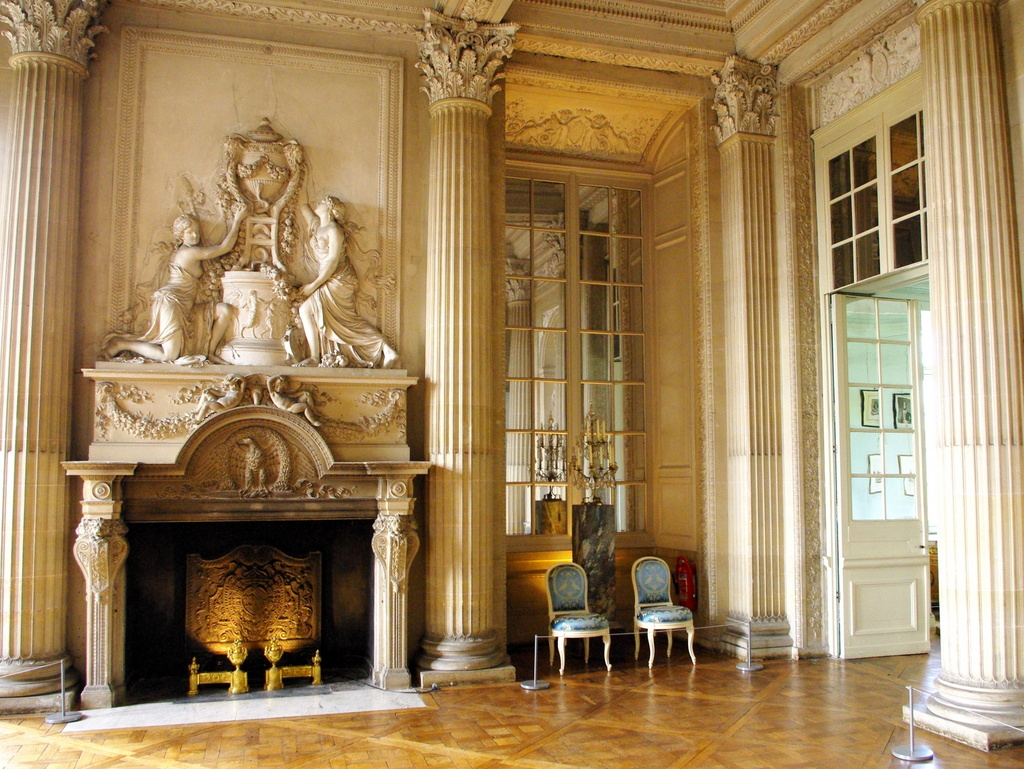 chateau maisons laffitte interior 19 copyright french. Black Bedroom Furniture Sets. Home Design Ideas
