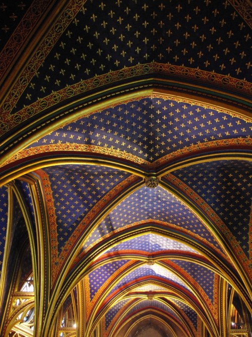 The Vaults of the Lower Chapel of Sainte-Chapelle © French Moments