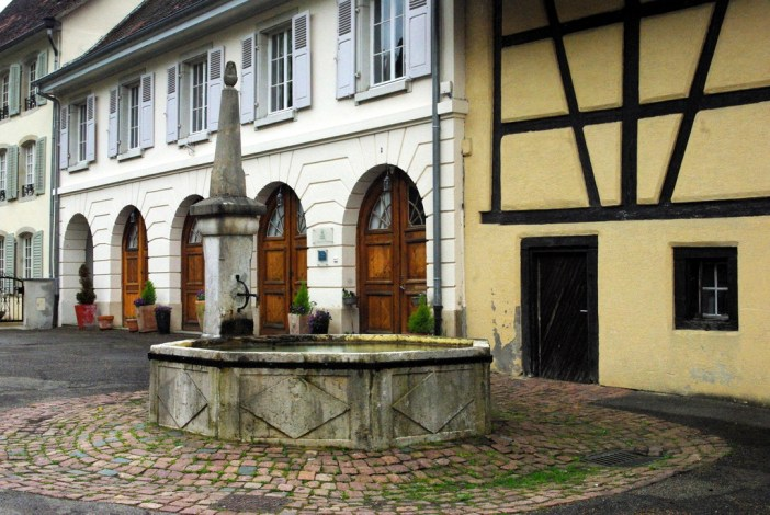 The Place des Comtes, Ferrette © French Moments