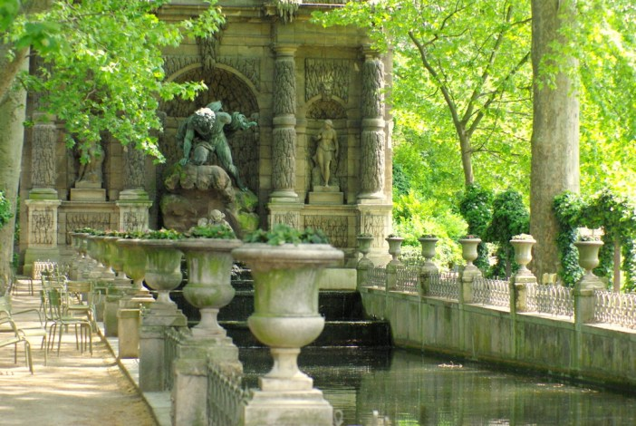Luxembourg Garden in Spring © French Moments