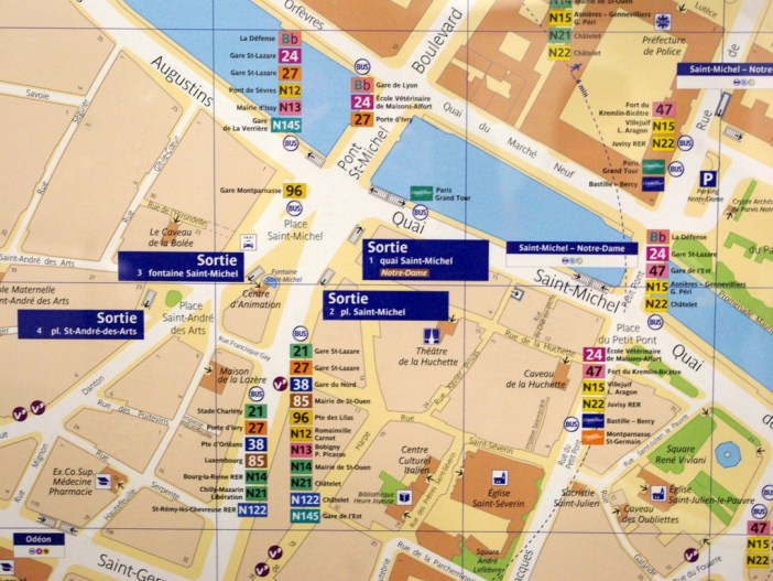 Map of St Michel métro station © French Moments