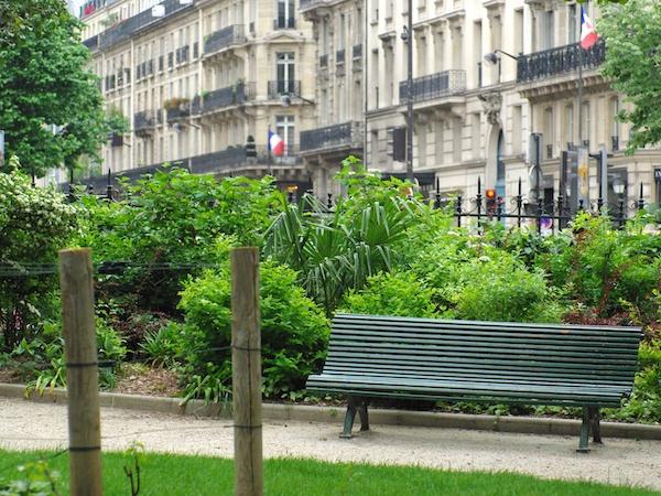 Square L. Prache, Saint-Germain-des-Prés © French Moments