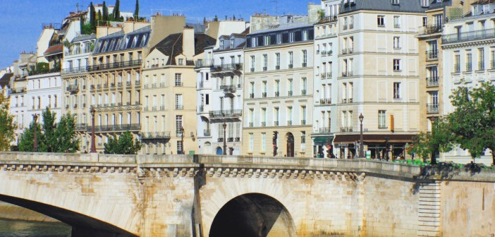 Ile Saint Louis, Paris © French Moments
