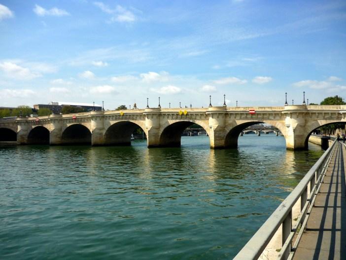 Quais de la Seine © French Moments - Paris 34