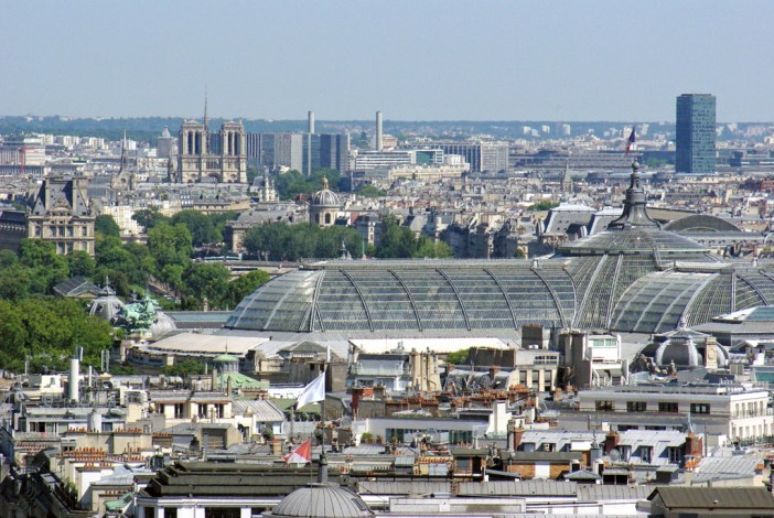 The view from the Top of the Arc de Triomphe © French Moments